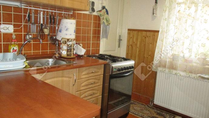 6. kép | konyha | Eladó Családi ház, Szolnok (#134671)