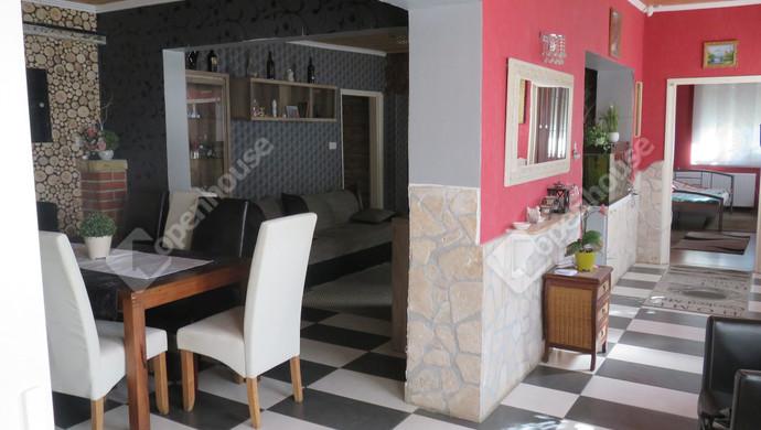 2. kép | Eladó Családi ház, Rábapatona (#131034)