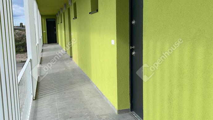 1. kép   Eladó Társasházi lakás, Győr (#142072)