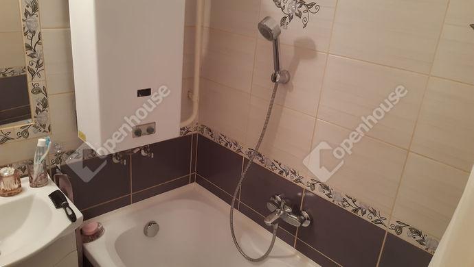 4. kép | Fürdő | Eladó Társasházi lakás, Békéscsaba (#147895)