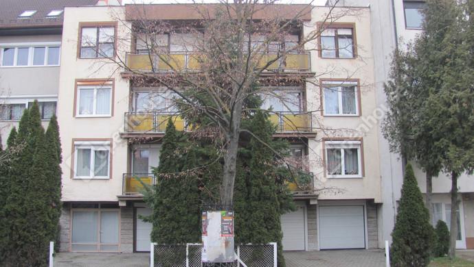 0. kép | Utcai homlokzat | Eladó Társasházi lakás, Zalaegerszeg (#129902)
