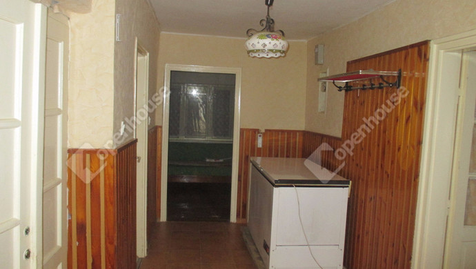1. kép | Konyha | Eladó Családi ház, Szolnok (#124690)