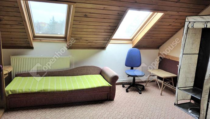 12. kép | 2 emeleti szoba | Eladó Családi ház, Szombathely (#143559)