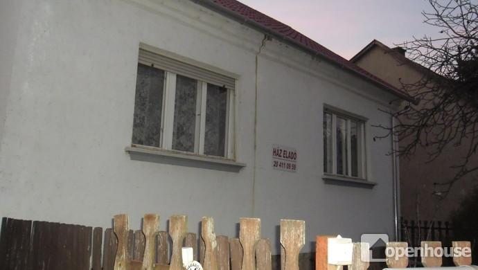 8. kép | Ház az udvarból | Eladó Családi ház, Tata (#114141)