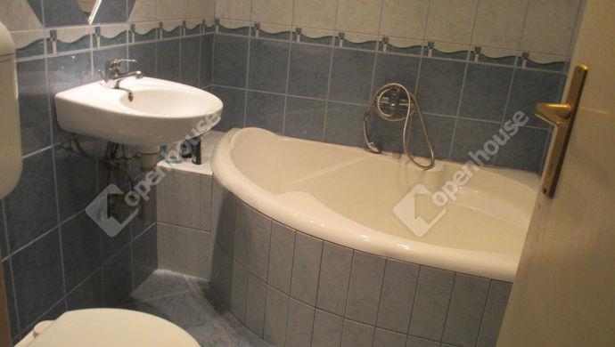 5. kép | fürdőszoba | Eladó Társasházi lakás, Szolnok (#135595)