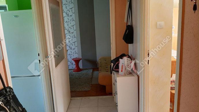 12. kép | közlekedő | Eladó Társasházi lakás, Békéscsaba (#146317)