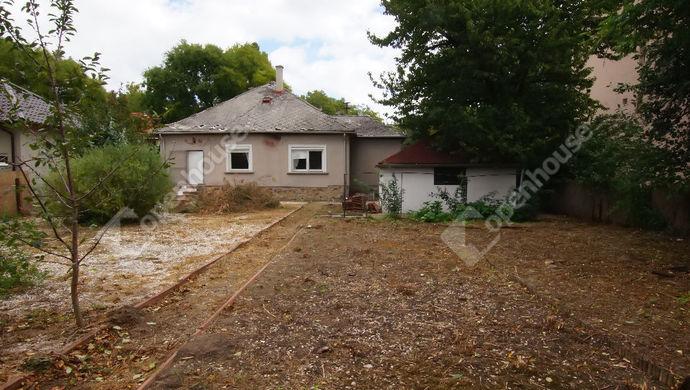 1. kép | Eladó telek bontandó házzal, Székesfehérvár , Karinthy utca | Eladó Telek, Székesfehérvár (#135591)