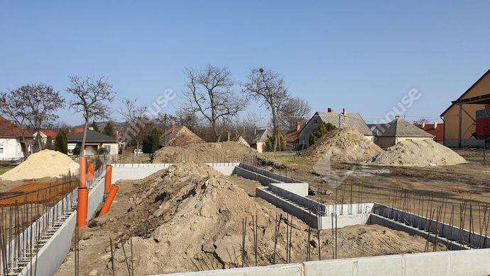 6. kép   Eladó Családi ház, Győrság (#150316)