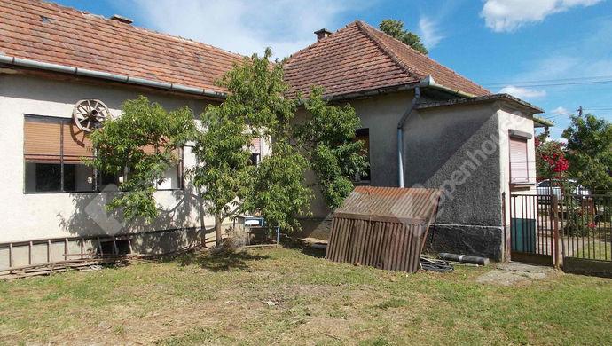 2. kép | Eladó Családi ház, Nova (#146878)