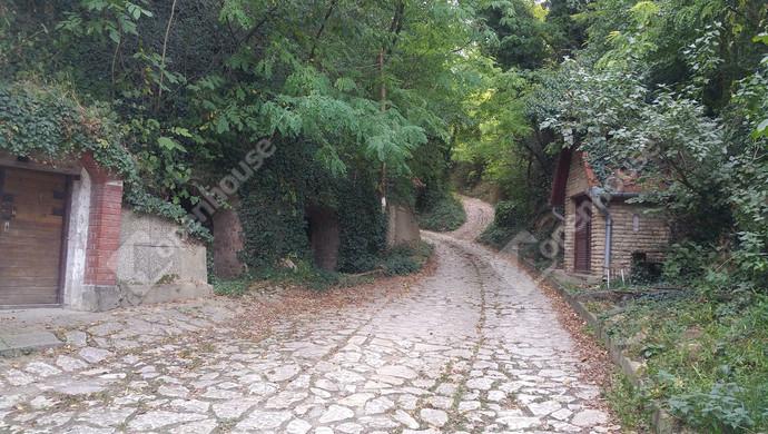 5. kép   Eladó Zárt kert, Győrújbarát (#123913)