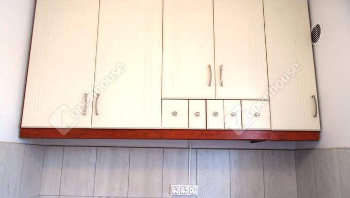10. kép | Konyhabútor | Eladó Társasházi lakás, Tatabánya (#128510)