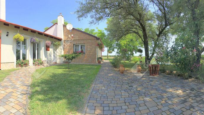 0. kép | Eladó Családi ház, Mosonmagyaróvár (#140424)