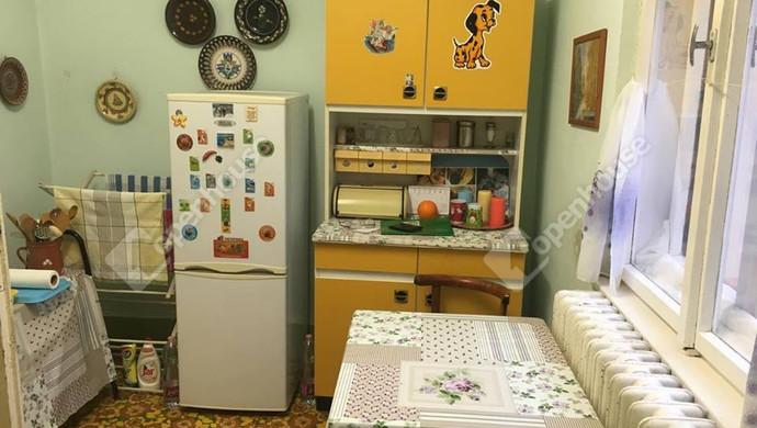 4. kép | konyha | Eladó Családi ház, Szolnok (#127790)