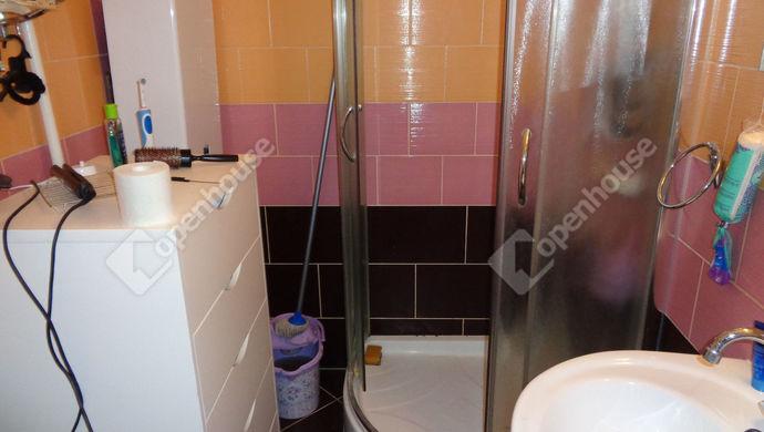 4. kép   fürdő szoba   Eladó Társasházi lakás, Békéscsaba (#143552)
