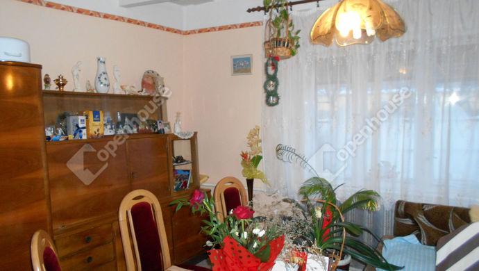 0. kép   Eladó Családi ház, Jászberény (#136394)