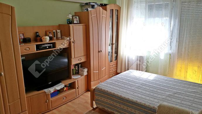 1. kép   Eladó Társasházi lakás, Fertőd (#138871)