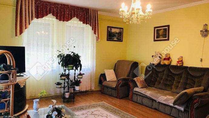 9. kép   Eladó Családi ház, Szeged (#140264)