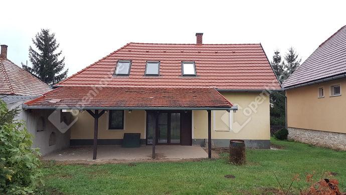 1. kép   Eladó Családi ház, Nyúl (#143071)