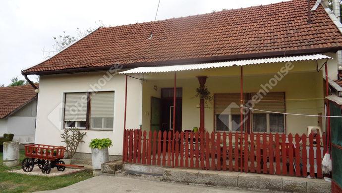 1. kép | udvari ház részlet | Eladó Társasházi lakás, Békéscsaba (#146039)
