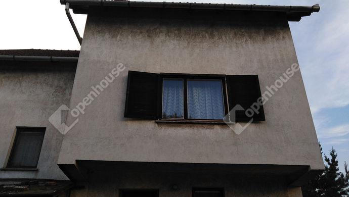 19. kép | Ház hátulról | Eladó Családi ház, Tata (#139490)