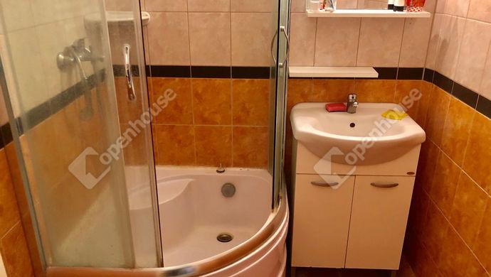 2. kép | Fürdőszoba | Eladó Társasházi lakás, Szeged (#144184)