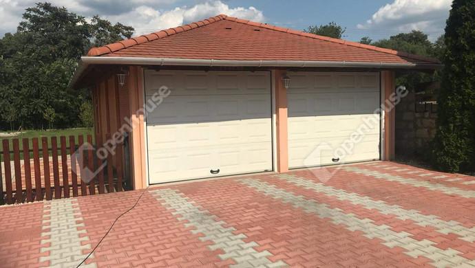 21. kép | Dupla garázs | Eladó Családi ház, Tatabánya (#130991)