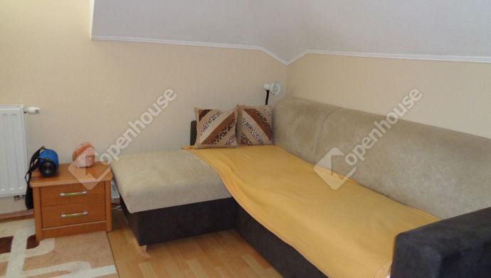 10. kép | emeleti szoba | Eladó Társasházi lakás, Békéscsaba (#147905)
