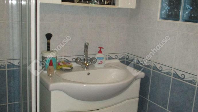 10. kép | fürdő | Eladó Családi ház, Szolnok (#134671)