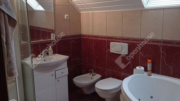 11. kép   Emeleti fürdő   Eladó Családi ház, Zalaegerszeg (#151321)