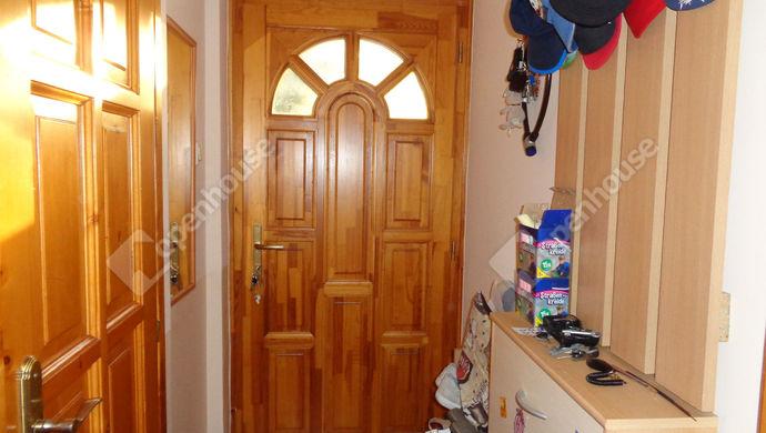 4. kép | elöszoba | Eladó Társasházi lakás, Békéscsaba (#147905)