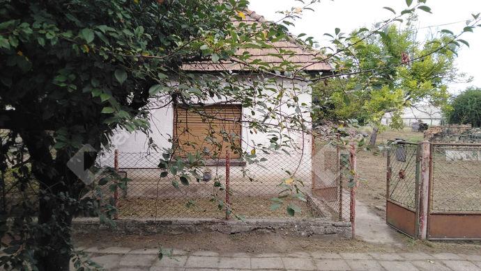 1. kép | Eladó Családi ház, Komárom (#140800)