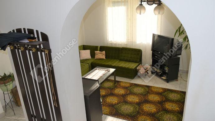 1. kép   Eladó családi ház Székesfehérváron.   Eladó Családi ház, Székesfehérvár (#141456)