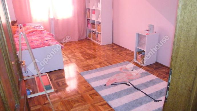 8. kép | szoba 3 | Eladó Családi ház, Zalaegerszeg (#140653)