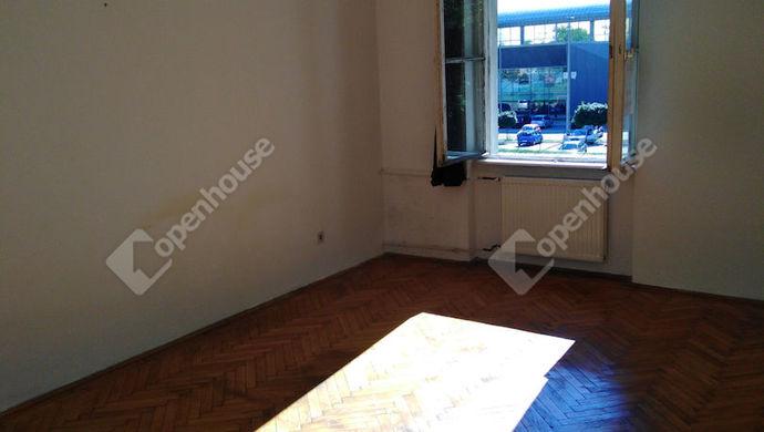 0. kép   a nappali-20 m2   Eladó Társasházi lakás, Tatabánya (#147808)