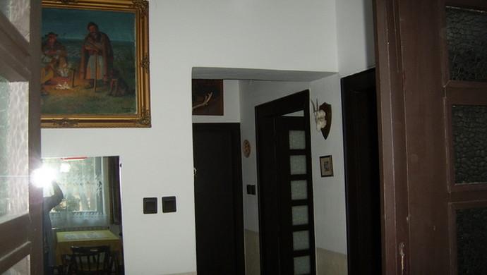 7. kép | Jászberény családi ház előtér | Eladó Családi ház, Jászberény (#79244)