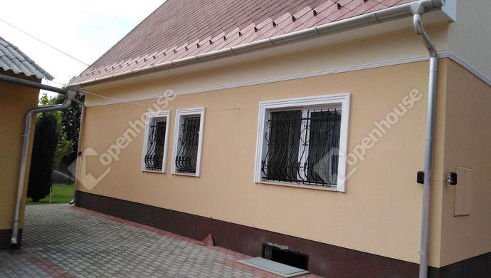 14. kép   Eladó Családi ház, Komárom (#141976)