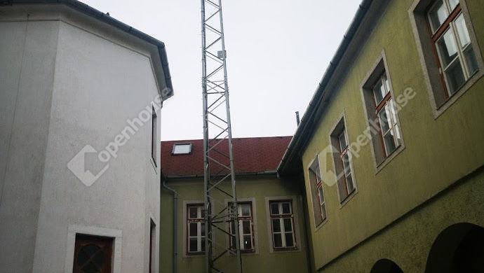 8. kép | Saját tulajdonú rádió oszlop | Eladó Panzió, Keszthely (#143671)