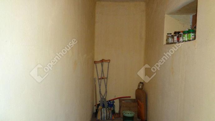 5. kép | Gardrób | Eladó Családi ház, Kaszaper (#146885)