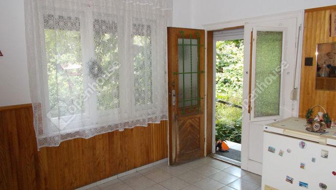 2. kép   Eladó Családi ház, Hosszúpereszteg (#140377)