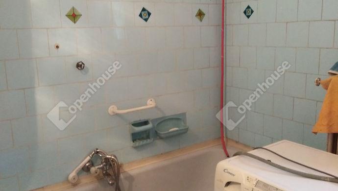 7. kép | Fürdőszoba | Eladó Családi ház, Tata (#139491)