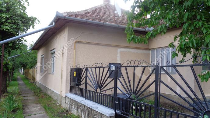 24. kép   utcai ház részlet   Eladó Családi ház, Gyomaendrőd (#146252)