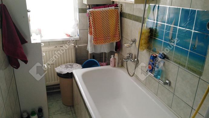 6. kép   Eladó Társasházi lakás, Komárom (#142544)