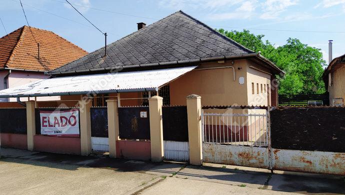 0. kép | Eladó Családi ház, Szirmabesenyő (#136355)