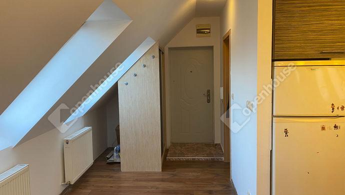 3. kép | bejárat | Eladó Társasházi lakás, Sopron (#150258)