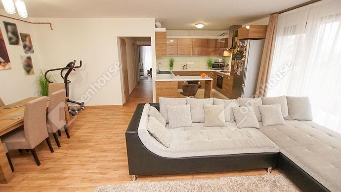 2. kép | Eladó újszerű lakás Székesfehérvár, Maroshegy, Harmatosvölgy | Eladó Társasházi lakás, Székesfehérvár (#143714)