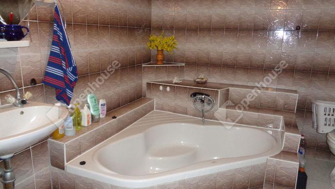 17. kép | fürdö | Eladó Családi ház, Békéscsaba (#146600)
