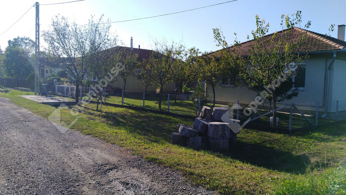 14. kép | utcai nézet | Eladó Családi ház, Salomvár (#141942)