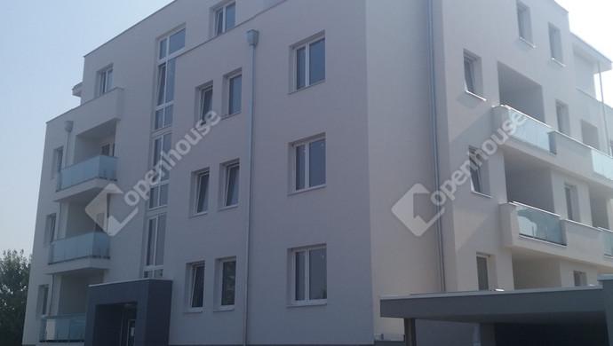1. kép   Eladó Társasházi lakás, Zalaegerszeg (#132653)