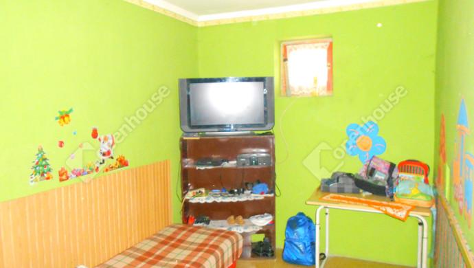 1. kép | szoba | Eladó Családi ház, Jászivány (#125608)