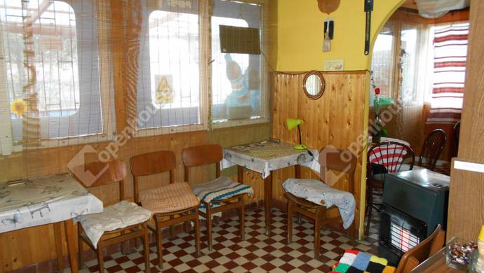 1. kép | Eladó Üzlethelyiség, Jászberény (#126953)